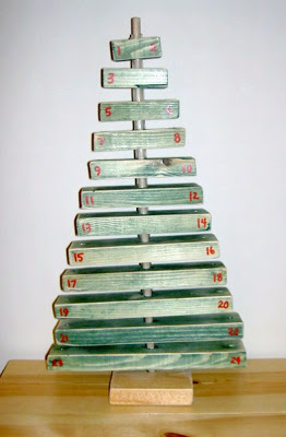 scrap wood advent tree