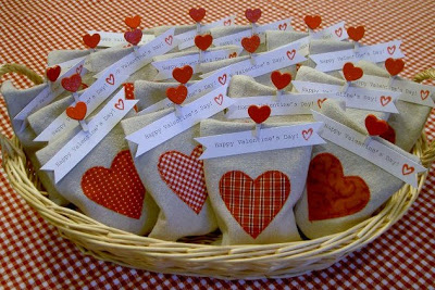 drop cloth goody bags Valentines