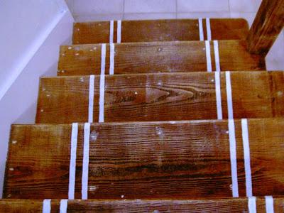white stripes on treads
