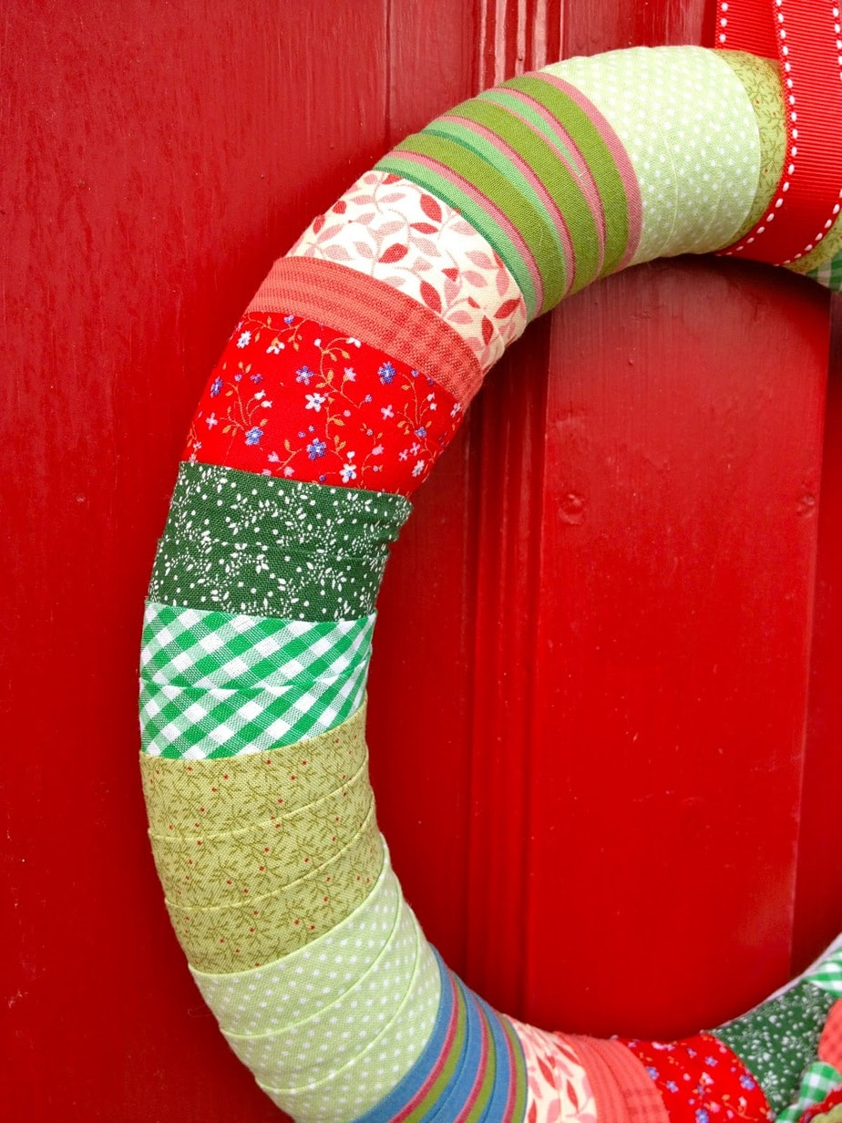how to make a wreath with styrofoam balls