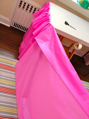plastic tablecloth cover for ruffled table cover