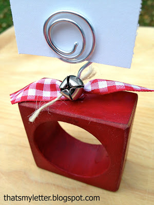 diy holiday wood napkin ring placecards with bells detail