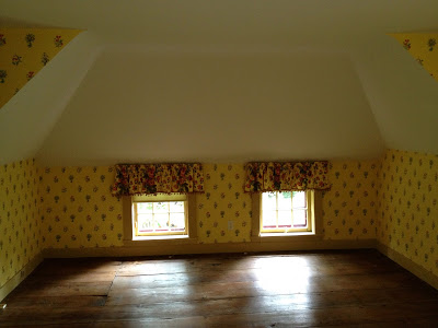 upstairs bedroom windows at floor