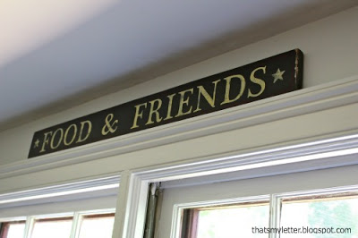 diy food and friends sign