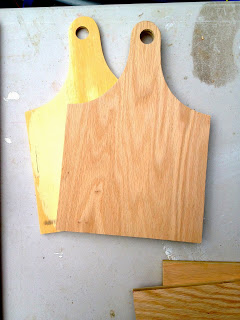 end pieces with curved top and predrilled hole for handle