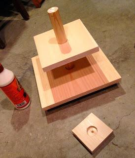 assembling cupcake stand