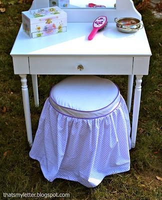 play vanity with slipcovered stool