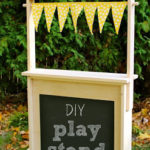 DIY Kids Play Stand
