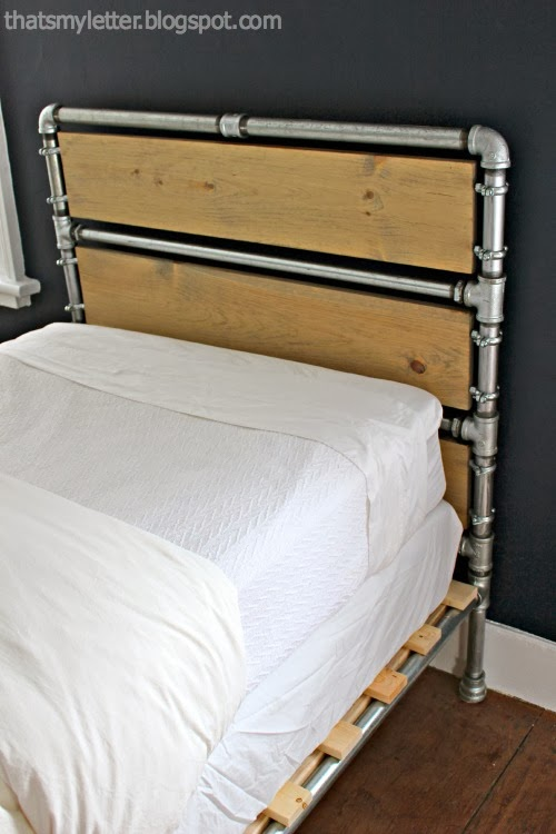 diy pipe wood slats bed jaime costiglio. Black Bedroom Furniture Sets. Home Design Ideas