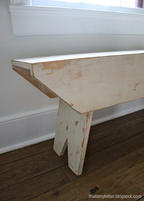 diy farmhouse bench with distressed finish