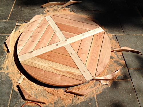 cutting tabletop into a circle