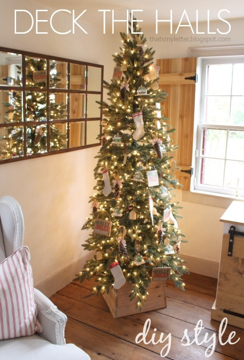 Deck the halls diy style jaime costiglio sharing my diy decorated tree today complete with ornaments you can make yourself including a fast and easy tree stand cedar wood cover solutioingenieria Choice Image