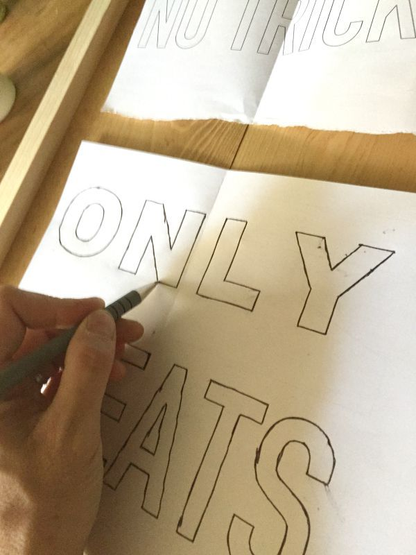 tracing printed template with ballpoint pen