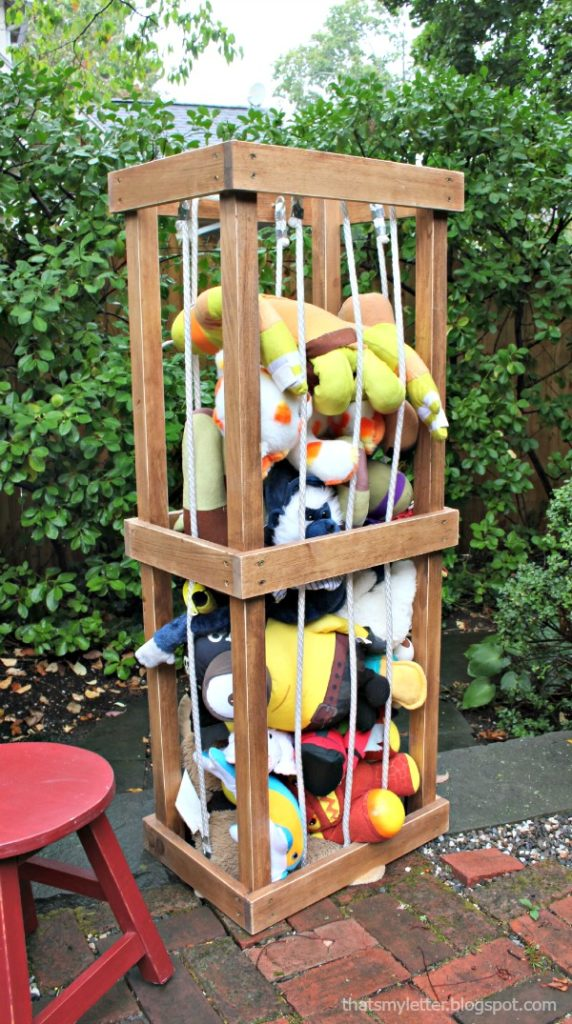 DIY Stuffed Animal Zoo - Jaime Costiglio