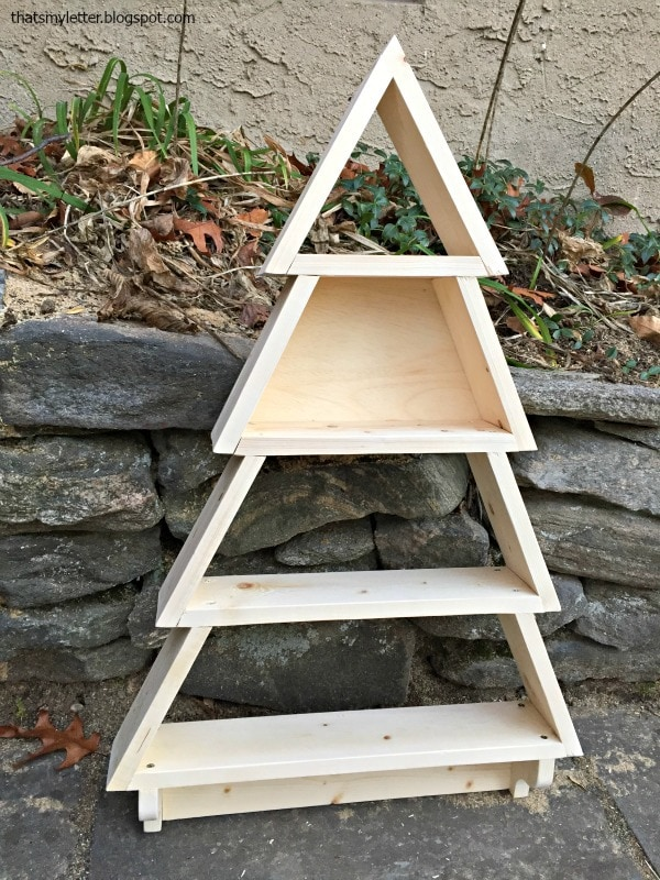 how to build a wood tree shelf