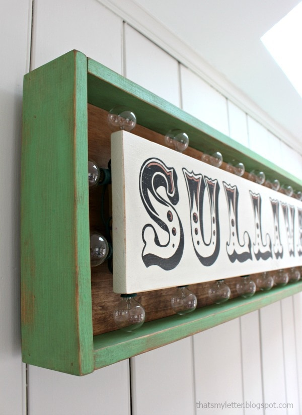 DIY Marquee Sign with Lights - Jaime Costiglio