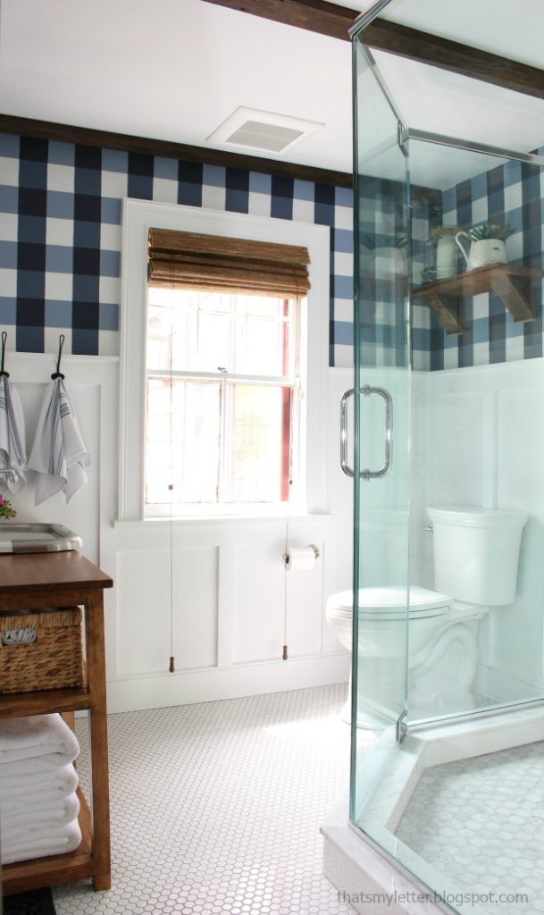 small master bathroom with buffalo check pattern