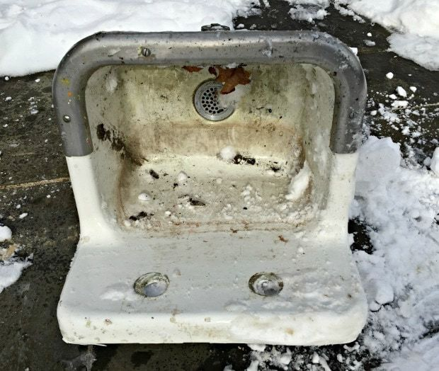 wall mounted sink roadside trash