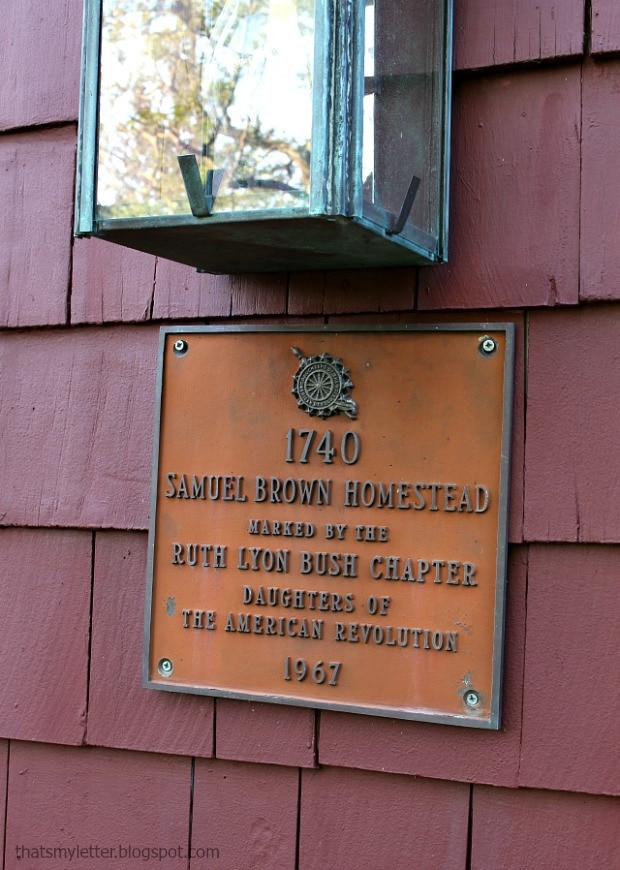 historical plaque on antique home
