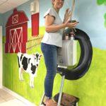DIY Painted Farmyard Wall Mural in Kids Bathroom