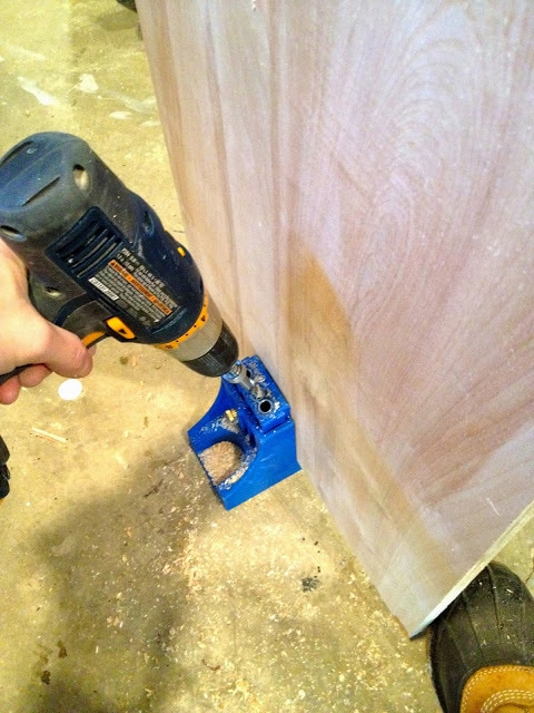 kreg pocket hole jig on plywood