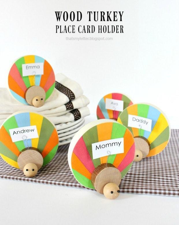 diy wood turkey place card holder