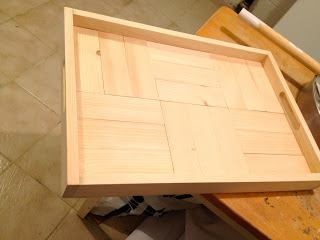 free plans parquet patterned tray