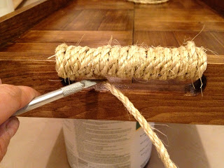 wrapping rope around the tray handle