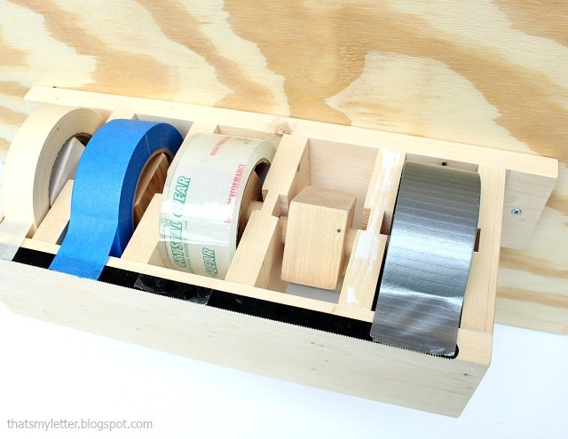 tape dispenser with removable inserts