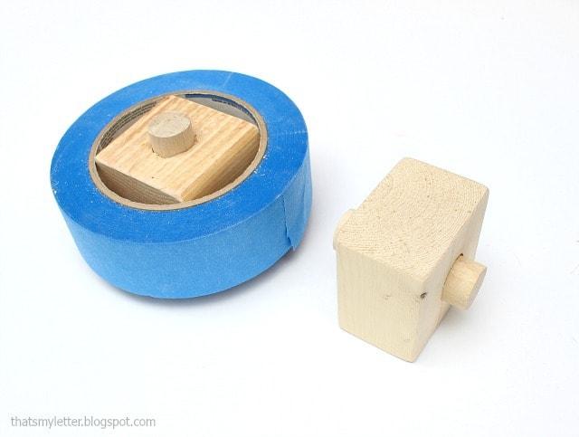 tape roll insert