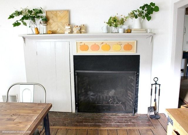 antique farmhouse living room mantle