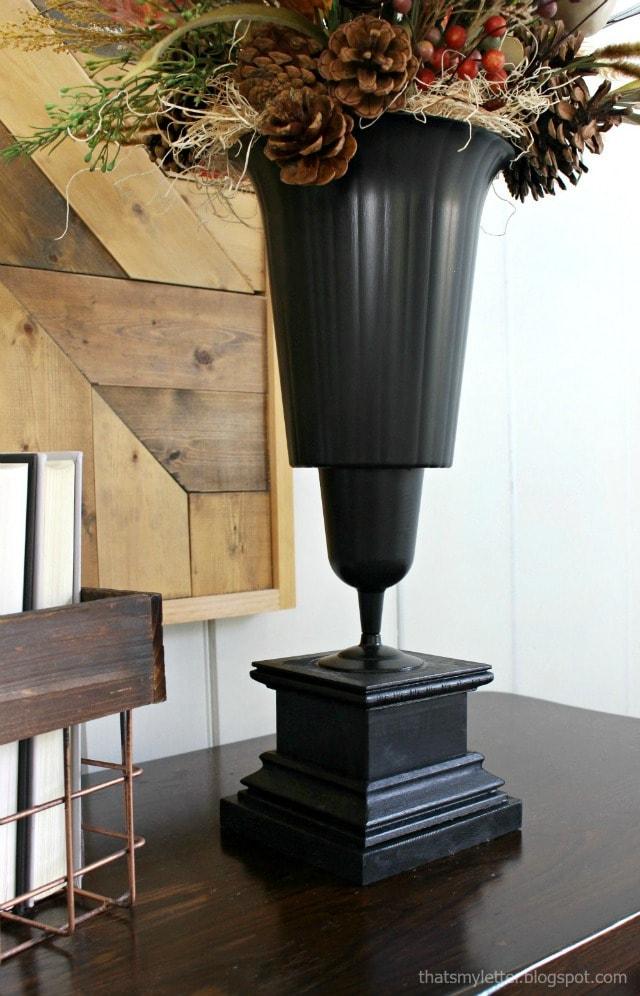 diy Halloween vase detail