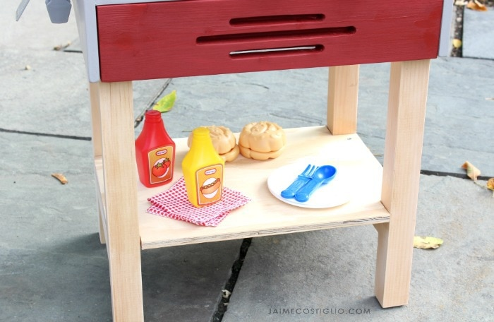kids play grill shelf
