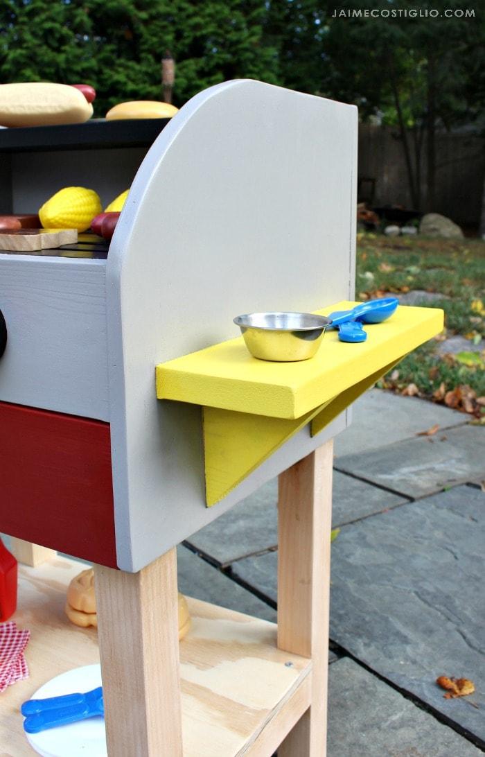 kids play grill side shelf