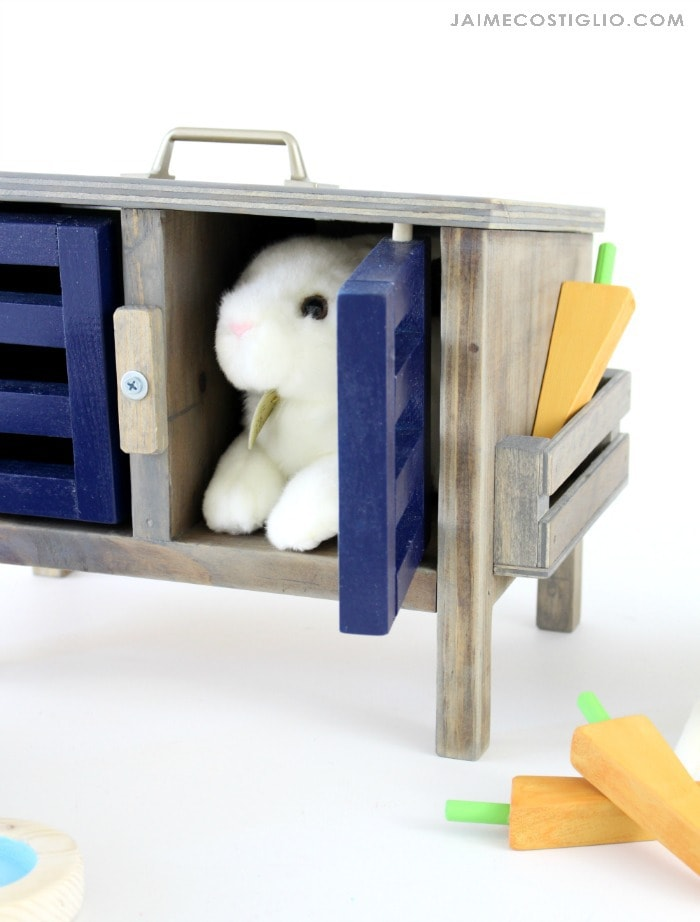 diy play bunny hutch detail