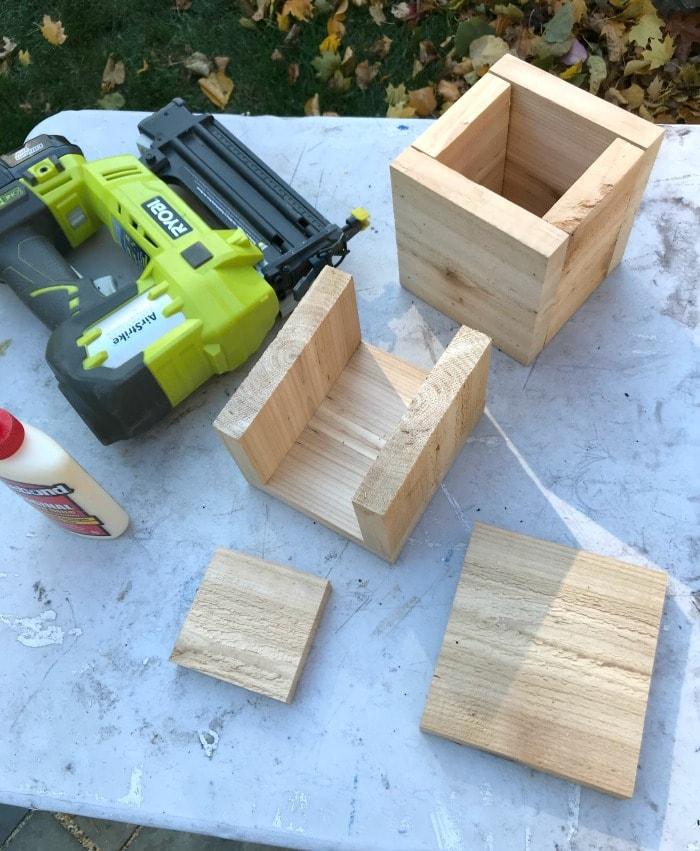 stocking hanger box construction