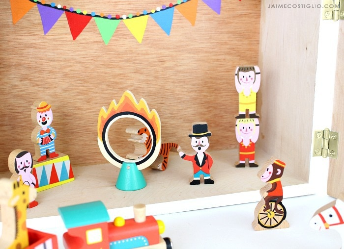 play circus interior detail