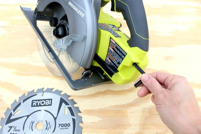 Ryobi brushless circular saw on board wrench