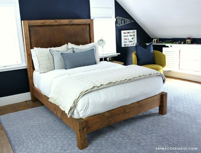 diy wood post style bed