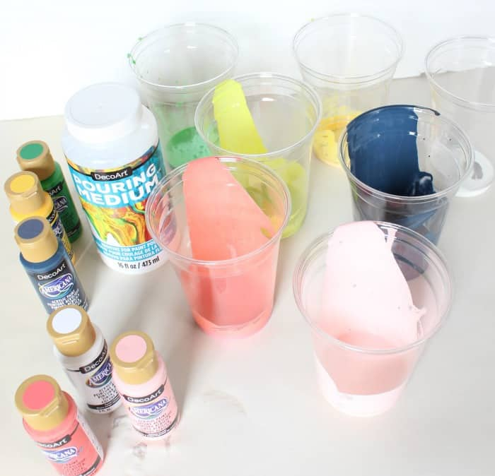 deco art paint pouring cups