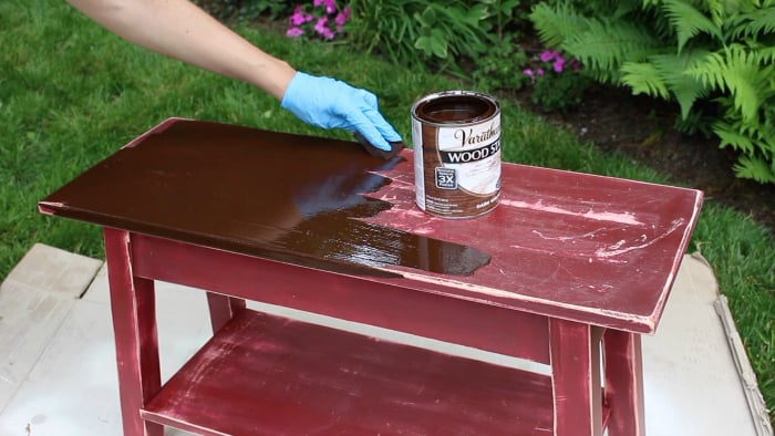 bench refinish applying varathane stain