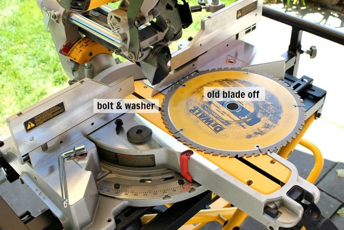 dewalt miter saw removing old blade