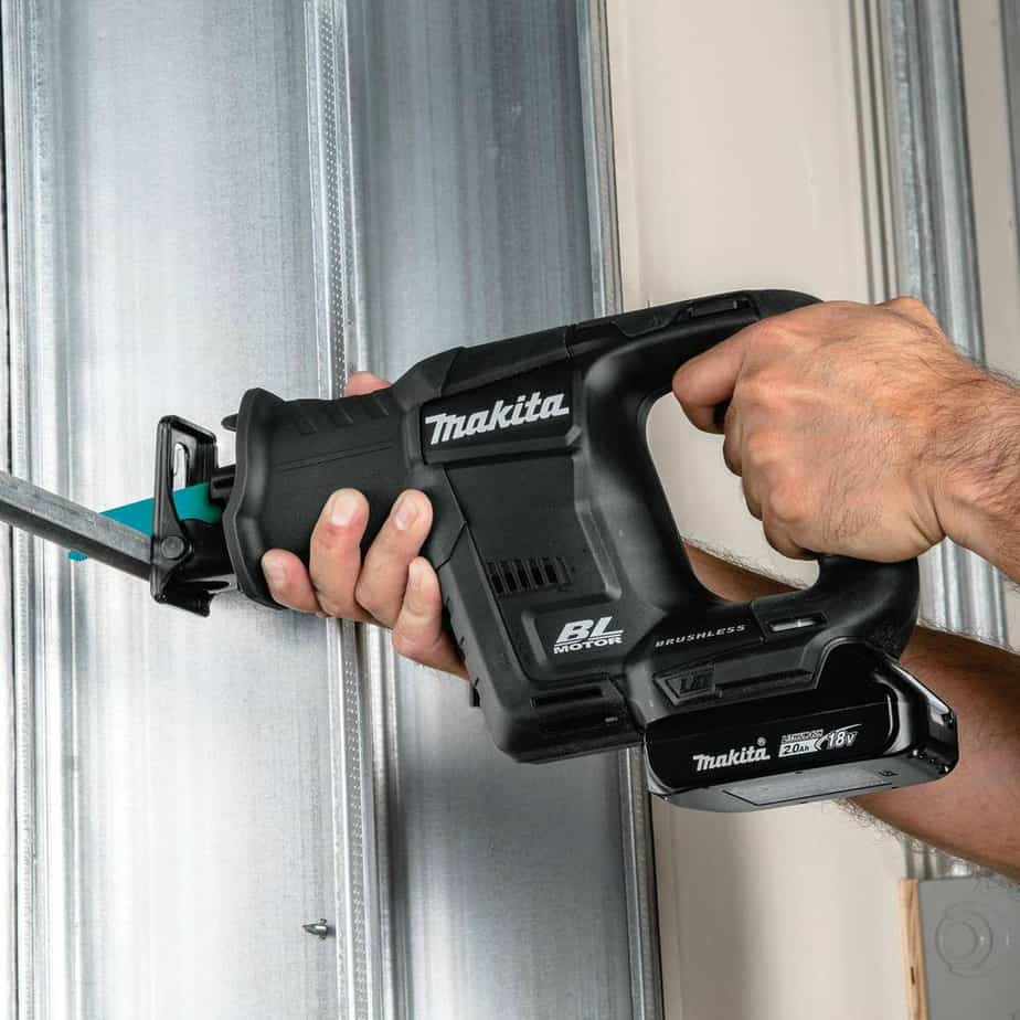 makita-reciprocating-saws-1