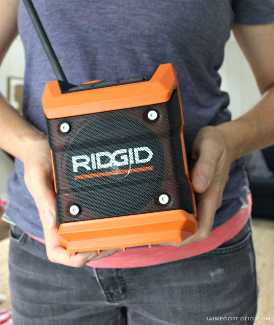 ridgid-compact-radio-small-size
