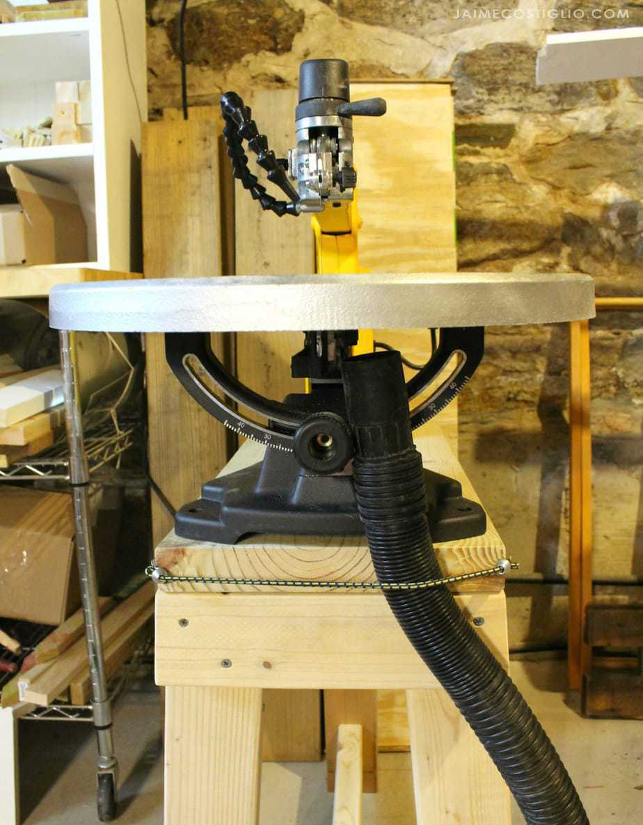 scroll saw dust collection set up