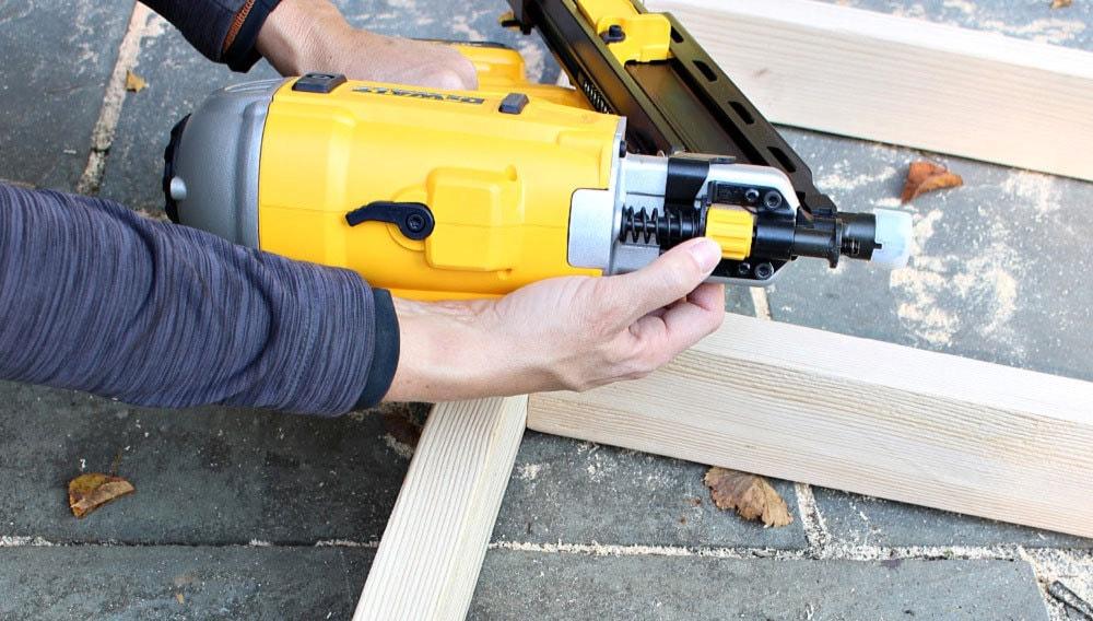 framing nailer depth gauge