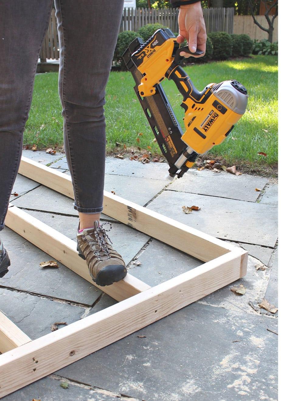 dewalt framing nailer rafter hook