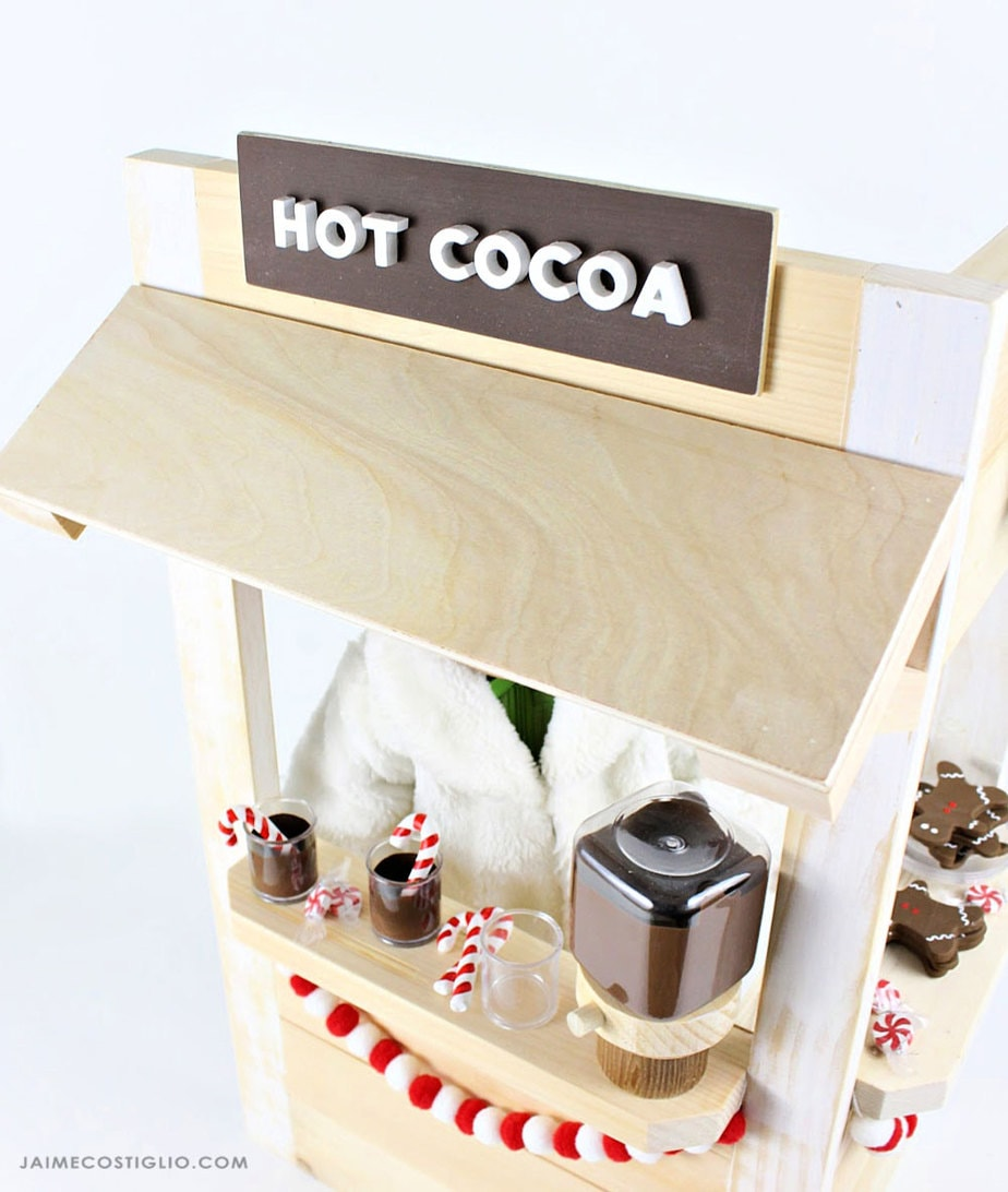 hot cocoa booth sign