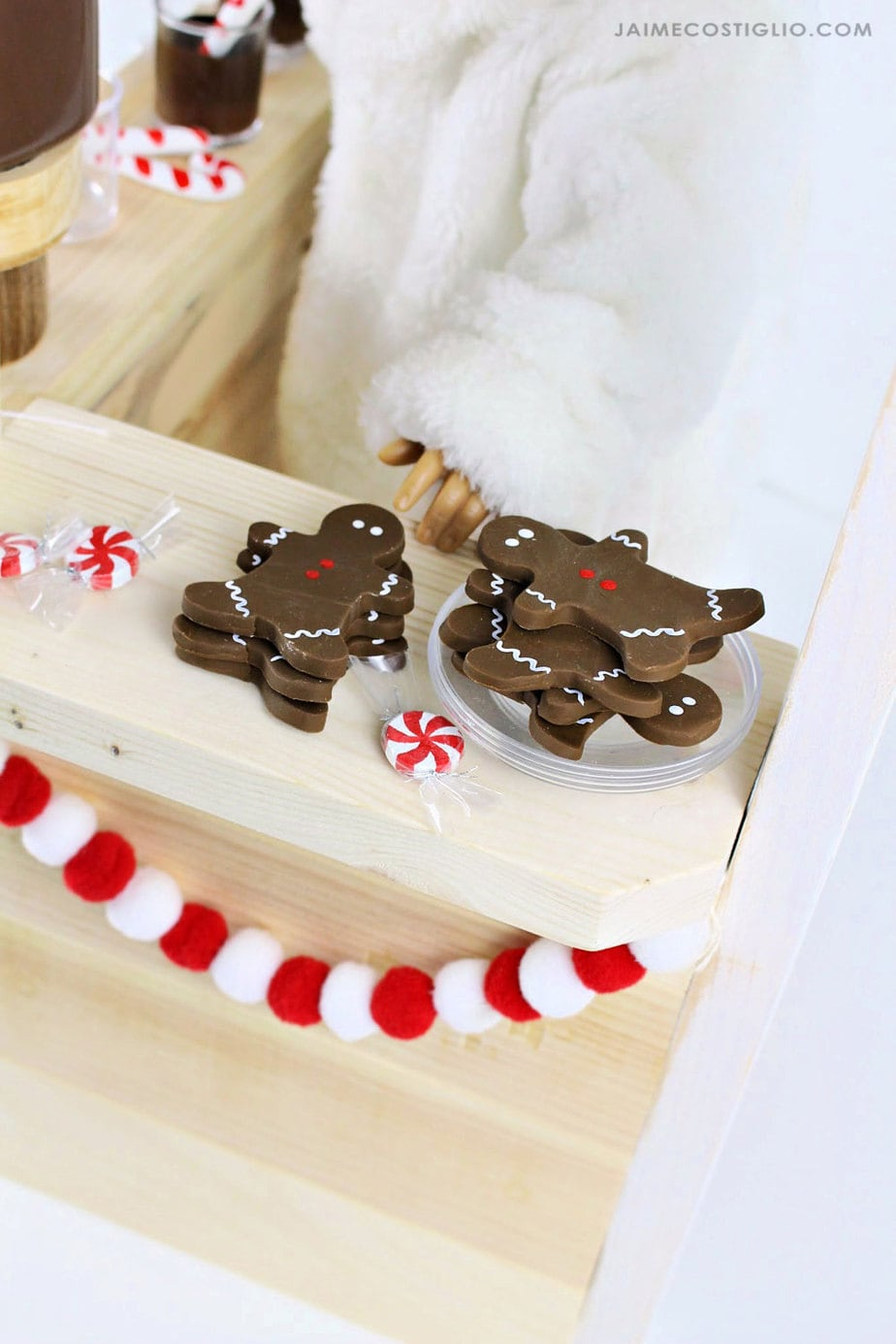 doll size gingerbread cookies