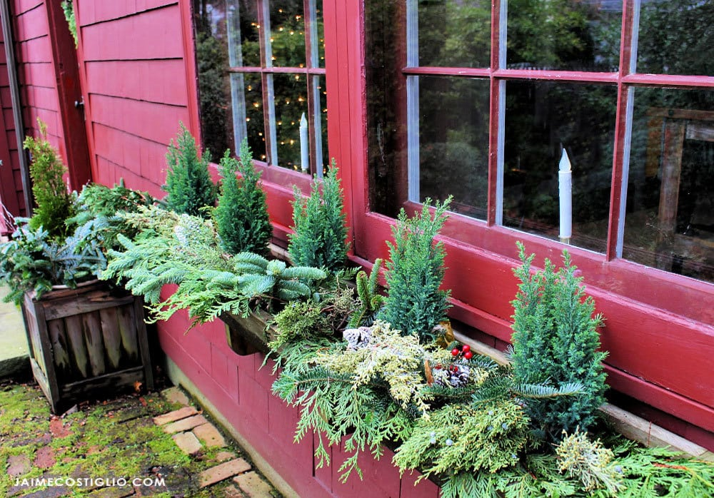exterior christmas windowbox